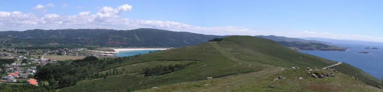 Monte Pequeno coas praias de A Fragata, Esmelle e San Xurxo ó fondo