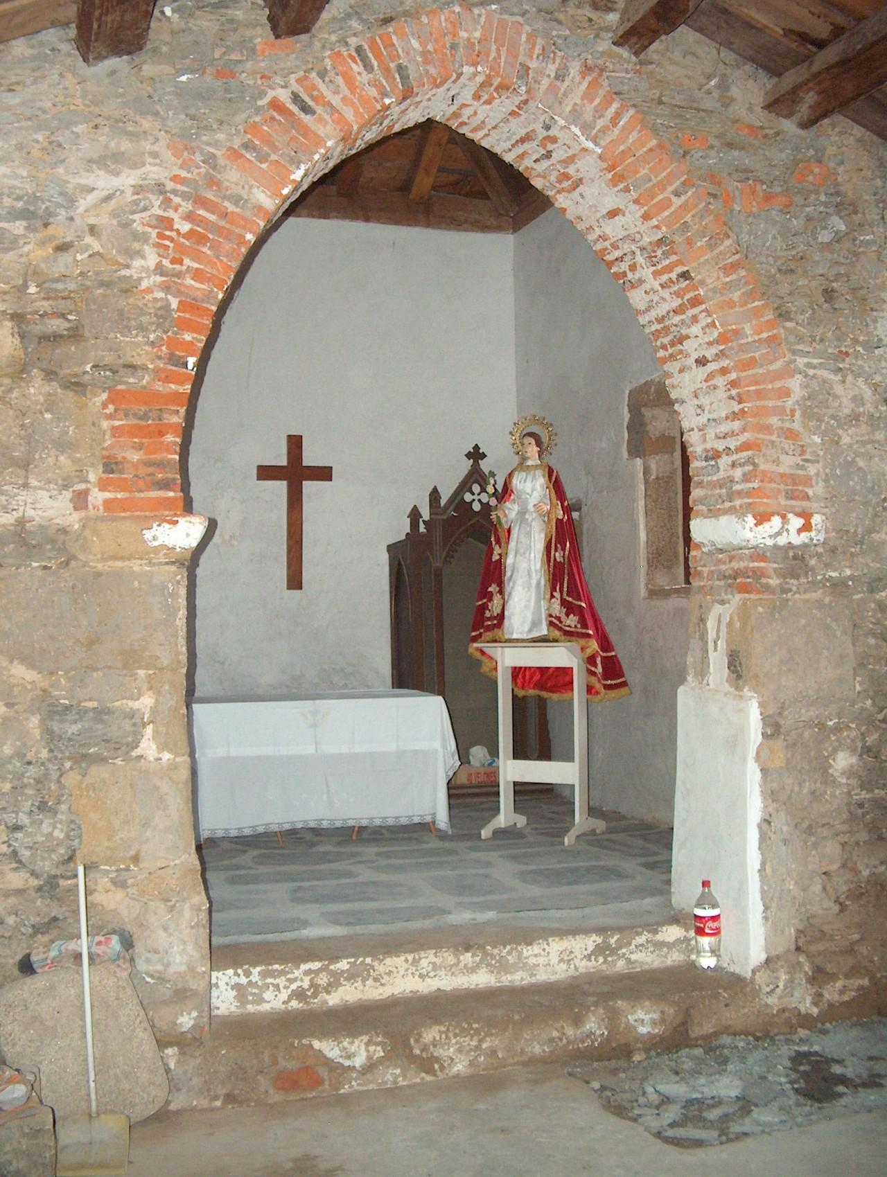 18-arco-apuntado-ermita-santa-comba