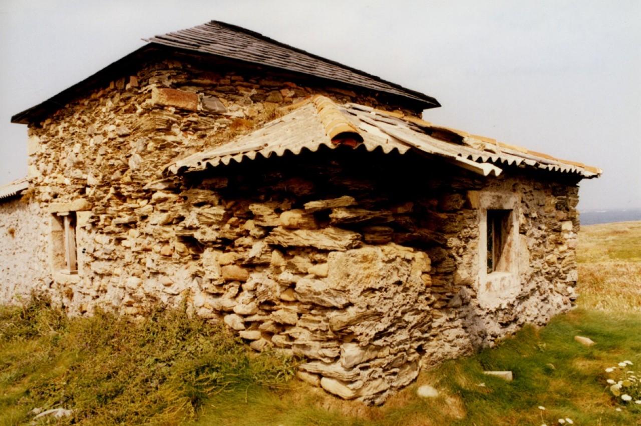 48-erosion-ermita-santa-comba