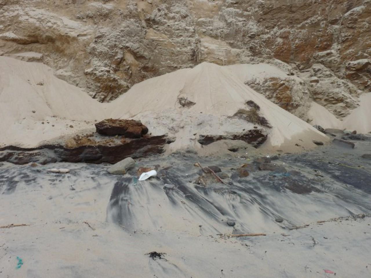 Sedimentos na Praia da Fragata (21.03.2014)