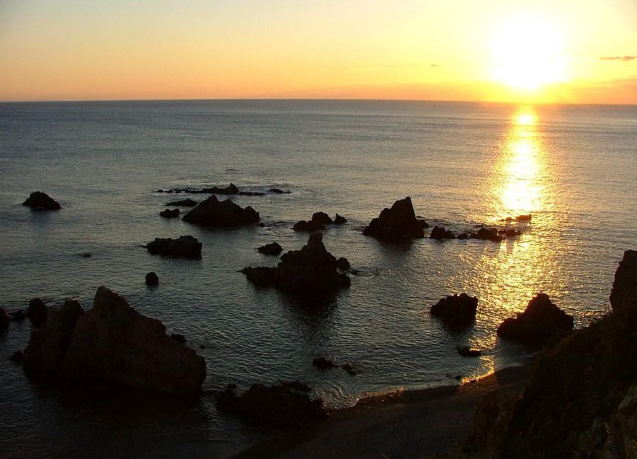 Aguillós, punta que separa as praias de Penarroiba e O Vilar