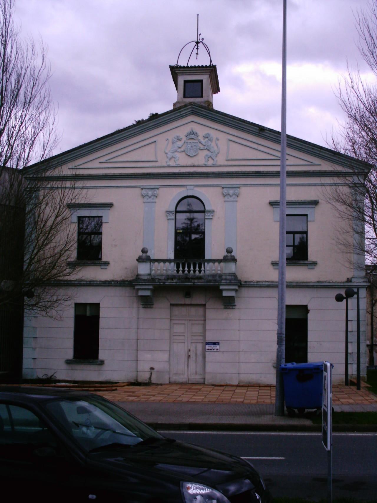 antiguo-ayuntamiento-de-serantes