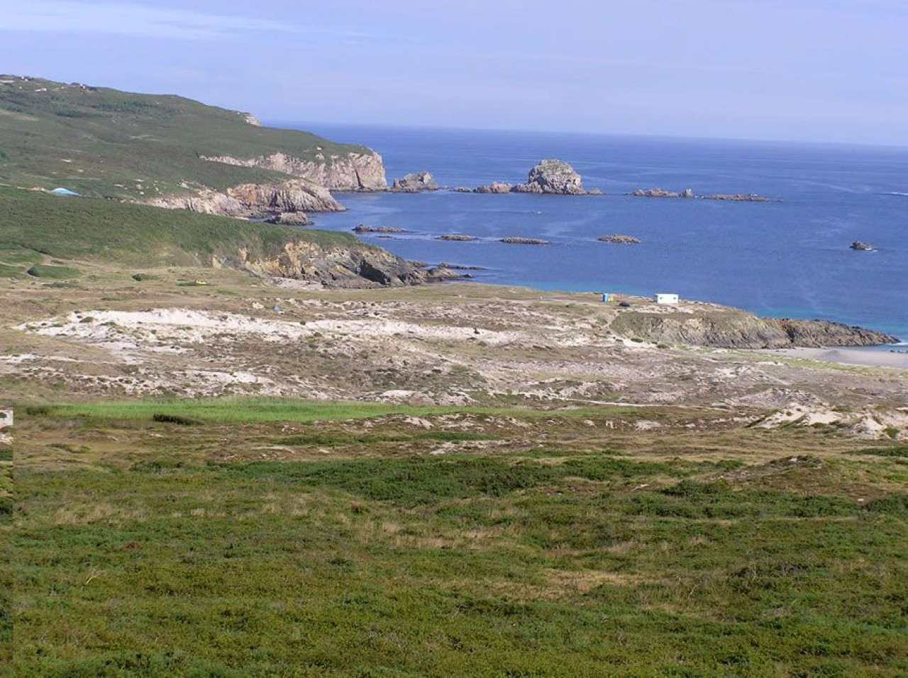 Acceso á praia de Santa Comba pola parte do Prioiro