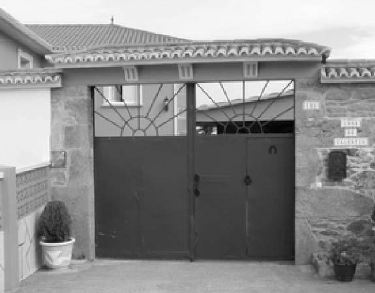 portalon-tipo-3-casa-de-valentin-aldea-covas