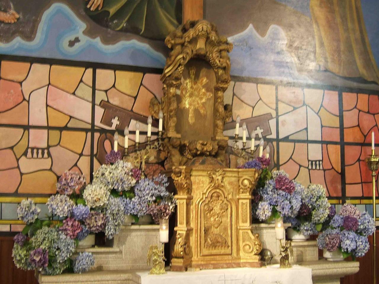 sagrario-e-expositor-igrexa-cobas